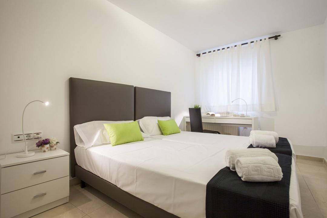 Apartamentos en valencia val ncia candela v for Muebles candela valencia